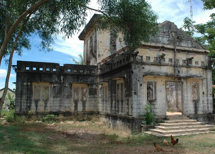 nhà thờ Long Hưng Quảng Trị - tham quan
