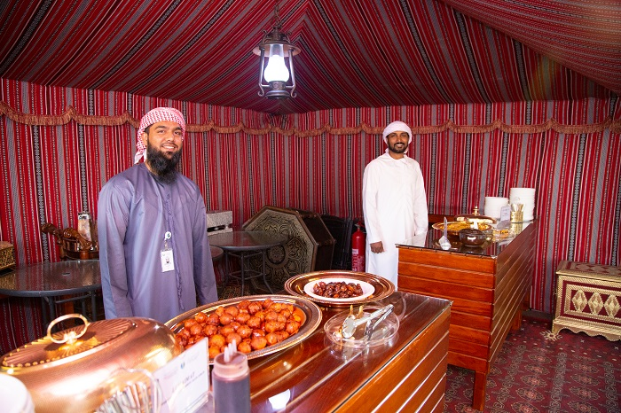 Trải nghiệm 'Fuala' đích thực của Tiểu vương quốc - Nhà thờ Hồi giáo Jumeirah