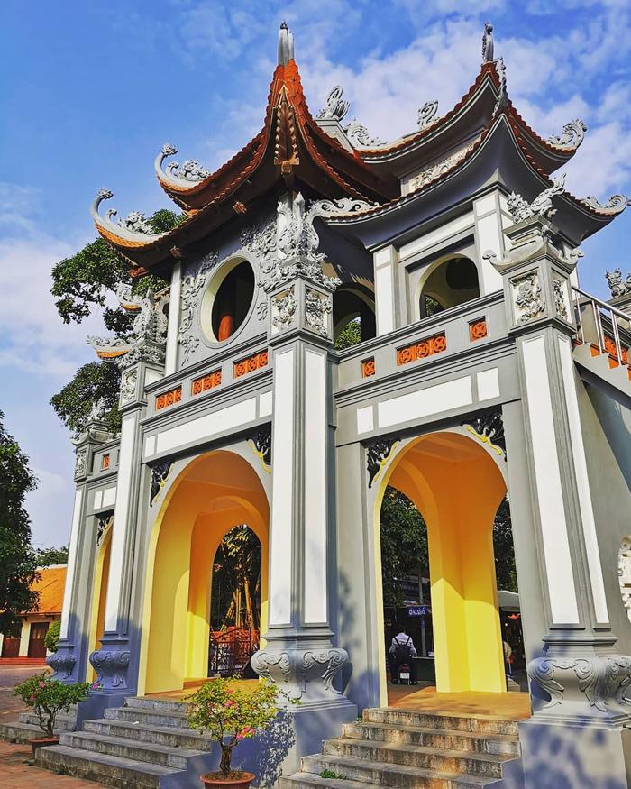 Những ngôi chùa cầu duyên ở Hà Nội - Phủ Tây Hồ