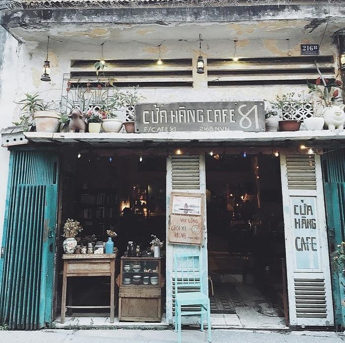 Những quán cafe vintage ở Sài Gòn- Cửa hàng cà phê 81