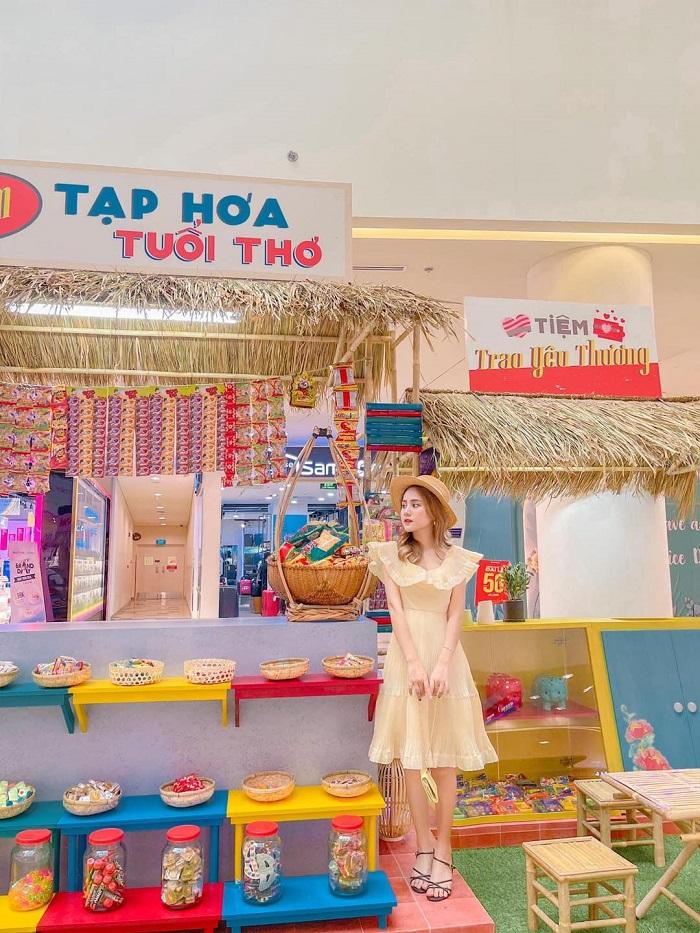 Sky Park Vivocity Sài Gòn - khu ẩm thực