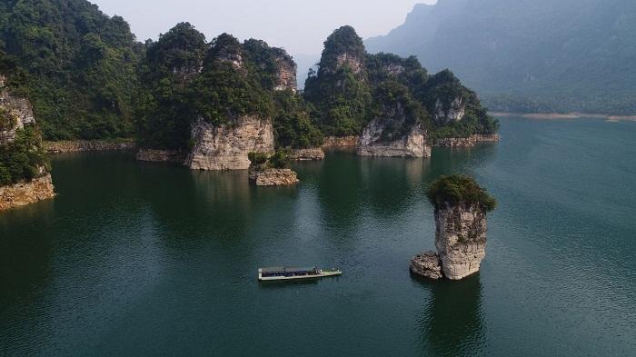 Highlights of Na Hang Lake