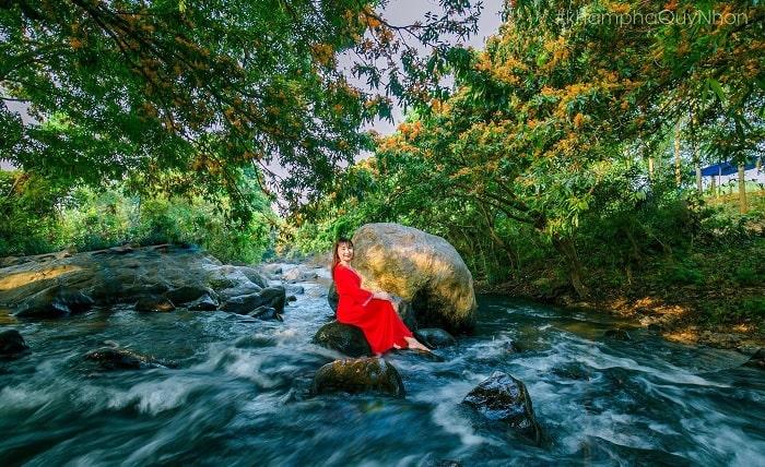 Virtual life - interesting activities at Ta Ma stream in Binh Dinh