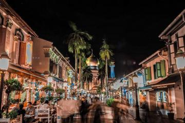 Mua sắm tại những khu chợ đêm ở Singapore nổi tiếng và tấp nập nhất