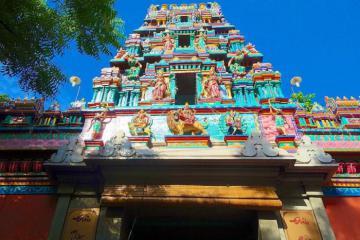 Linh thiêng ngôi đền Mariamman Sài Gòn hàng trăm năm tuổi