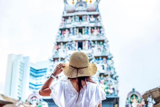Đền Sri Mariamman - Điểm đến tâm linh của người Hindu ở Singapore