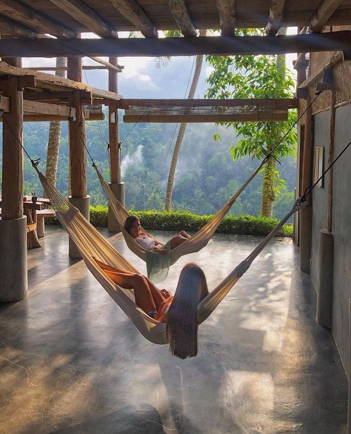 Nằm trong những chiếc võng ở khu biệt thự riêng - Zen Hideaway Bali