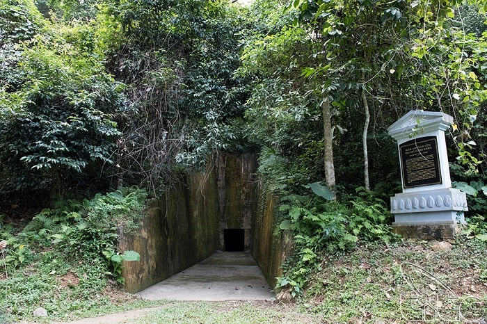 Explore 7 famous monuments in the complex of Tan Trao relic