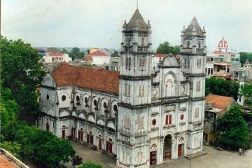 Ghé thăm Nhà thờ Chính tòa Bắc Ninh đậm chất châu Âu cổ kính