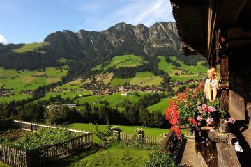 Điều gì làm nên sự kỳ diệu của làng Alpbach - ngôi làng đẹp nhất nước Áo?