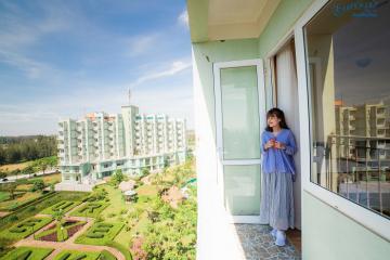 Combo Hải Tiến 2N1Đ nghỉ Eureka Linh Trường Resort 3* + Xe ô tô + Ăn sáng từ 790k/khách