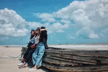 Đắm chìm trong vẻ đẹp thiên nhiên đầy thơ mộng biển Trà Cổ