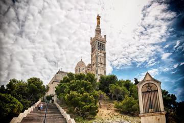Khám phá đệ nhất kỳ quan Marseille - Nhà thờ Notre Dame de la Garde