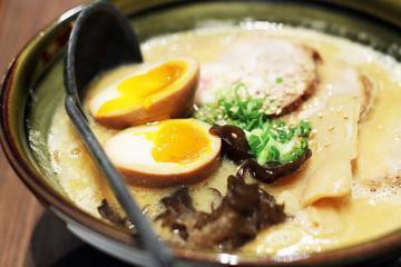 Săn lùng tiệm mì ramen 'túp lều' nổi tiếng khi du lịch Nhật Bản