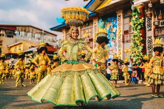 Đủ sắc màu tại lễ hội xoài Zambales ở Philippines