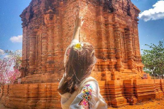 Đi du lịch Bình Thuận, đừng quên nét văn hóa Chăm pa cực thú vị