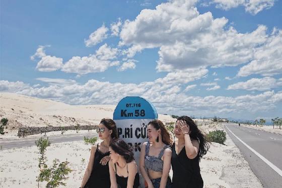 Chạy trốn mùa hè tại Stop And Go Làng Chài Resort