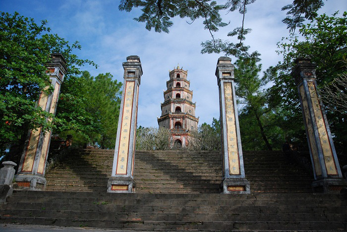 Tìm hiểu Chùa Thiên Mụ 400 năm tuổi của cố đô Huế