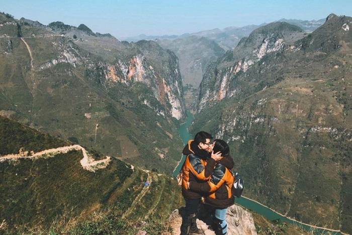 Thanh xuân nên một lần chinh phục đèo Mã Pí Lèng - Hà Giang