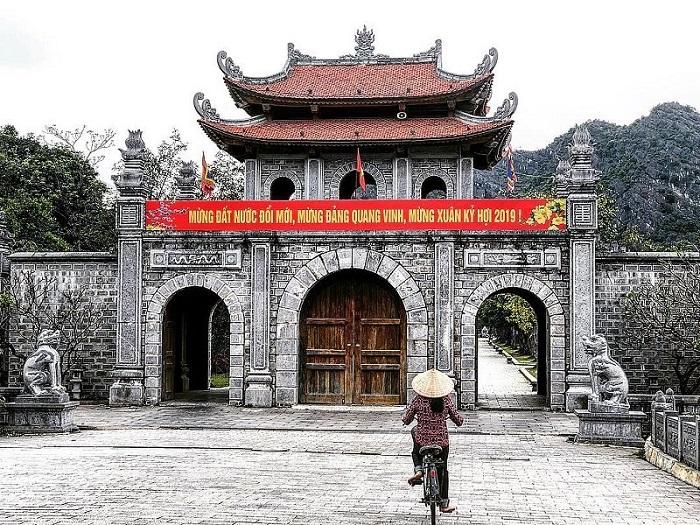Bảng giá vé tham quan Ninh Bình cập nhật mới nhất năm 2020