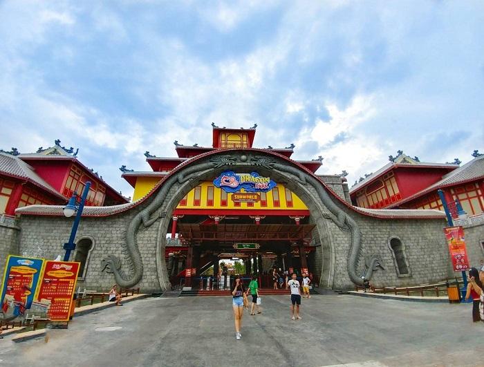 Công viên rồng Dragon Park - Khu vui chơi ở Hạ Long