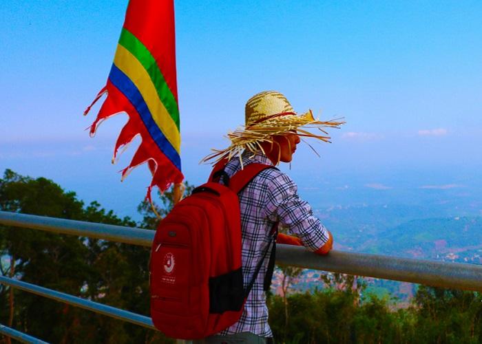 Núi Bà Rá - Thác Mơ Bình Phước trên đỉnh