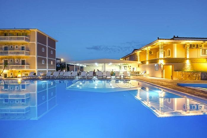 kinh-nghiem-du-lich-Zakynthos-hy-lap-hotel