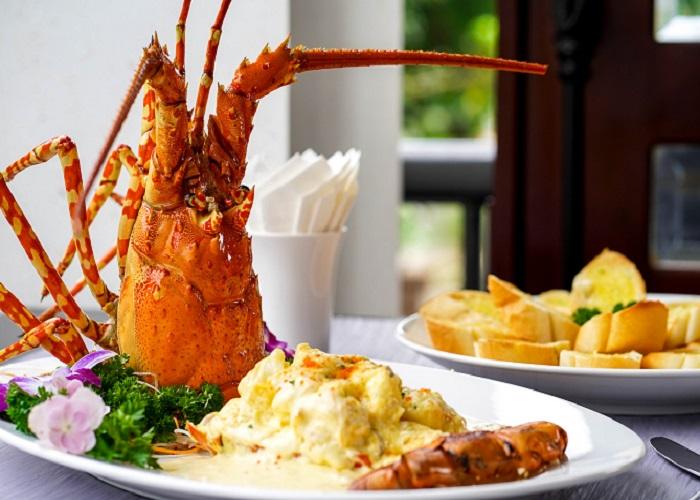 Nhà hàng Phấn Tuyết - Địa chỉ quán ăn ngon ở Vân Đồn