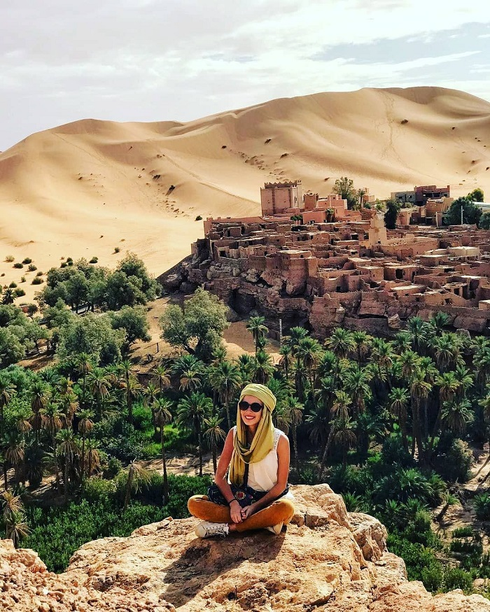 Experience exploring the city of Taghit, a beautiful oasis on the edge of the Sahara desert