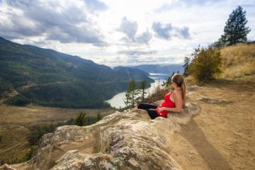 Làm thế nào để tận hưởng chuyến du lịch tuyệt vời đến Vernon Canada?