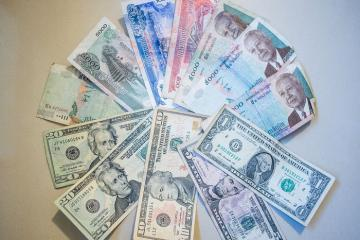 Đổi tiền khi du lịch Campuchia thế nào, ở đâu tỷ giá tốt và uy tín?