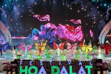 'Xúng xính' diện đồ sang đi khám phá các lễ hội ở Đà Lạt