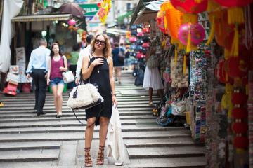 Mua sắm thỏa thích tại 10 khu chợ nổi tiếng ở Hồng Kông