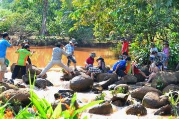 Lập team check-in khu du lịch sinh thái Mỹ Lệ Bình Phước vui chơi hết mình
