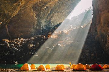 Mê thám hiểm nhất định phải nằm lòng cách khám phá hang động an toàn