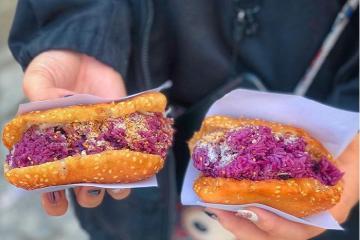 'Lạ mà quen' món bánh xôi tiêu Đà Lạt nóng hổi siêu độc đáo