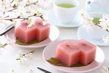 Top 10 món ăn hấp dẫn nhấttừ hoa anh đào Nhật Bản