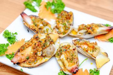 Xuýt xoa với những món ăn đặc sản ở Cát Bà