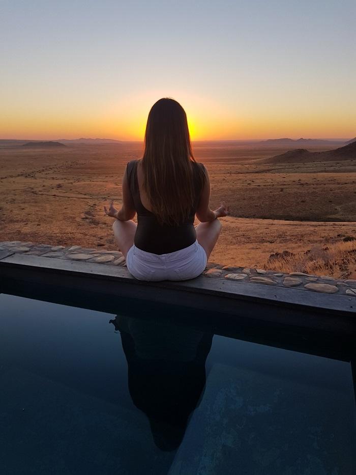 Sa mạc Namibia là một nơi lý tưởng để trải nghiệm sự rộng lớn của cảnh quan sa mạc Châu Phi