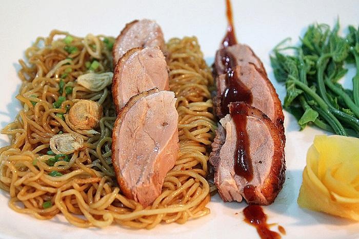 Ăn gì ở Malacca? Mỳ vịt khô - Món ăn đặc sản ở Malacca