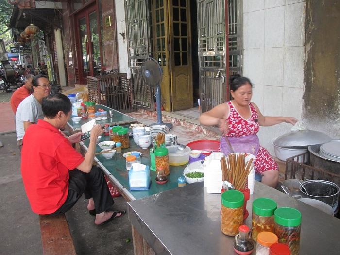 bánh cuốn trứng Lạng Sơn - địa chỉ ăn ngon nhất