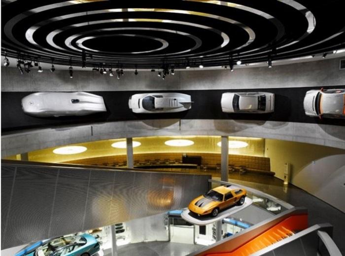 Bảo tàng Mercedes-Benz - Bảo tàng xe hơi ở Đức nổi tiếng nhất