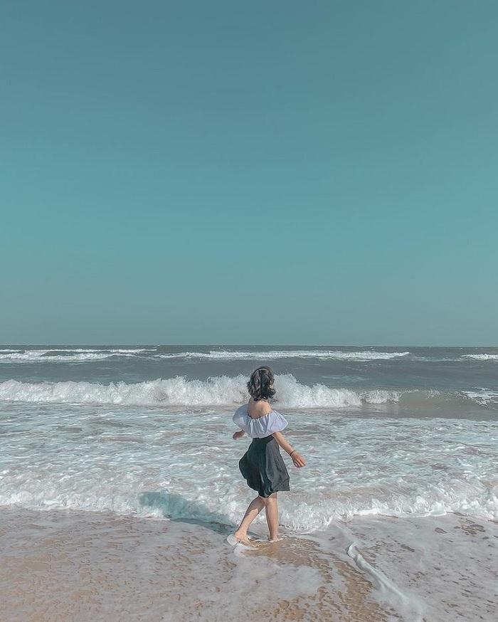 cát sạch - điểm nổi bật của Bãi biển Đồi Dương