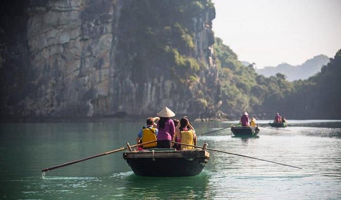 Các làng chài ở Hạ Long - làng chài Vung Viêng có gì