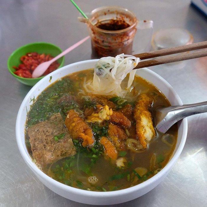 Hai Bà Trưng con phố ẩm thực ở Thái Bình