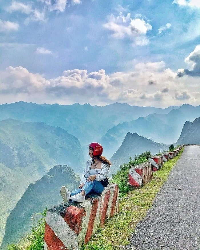 Ma Pi Leng Pass - one of the beautiful passes in Ha Giang