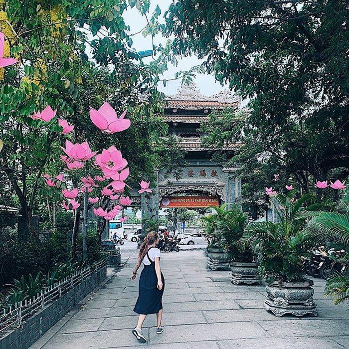 VISIT Long Son Pagoda
