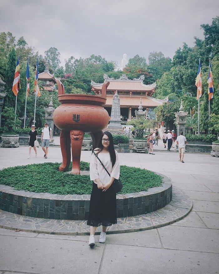 The main hall of Long Son Pagoda