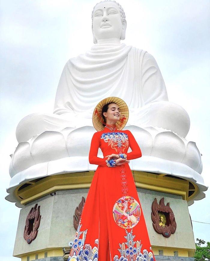 Statue of Kim Than Buddha, Long Son Pagoda