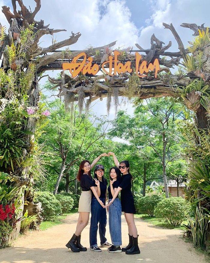 vườn bướm ở đảo Hoa Lan Nha Trang